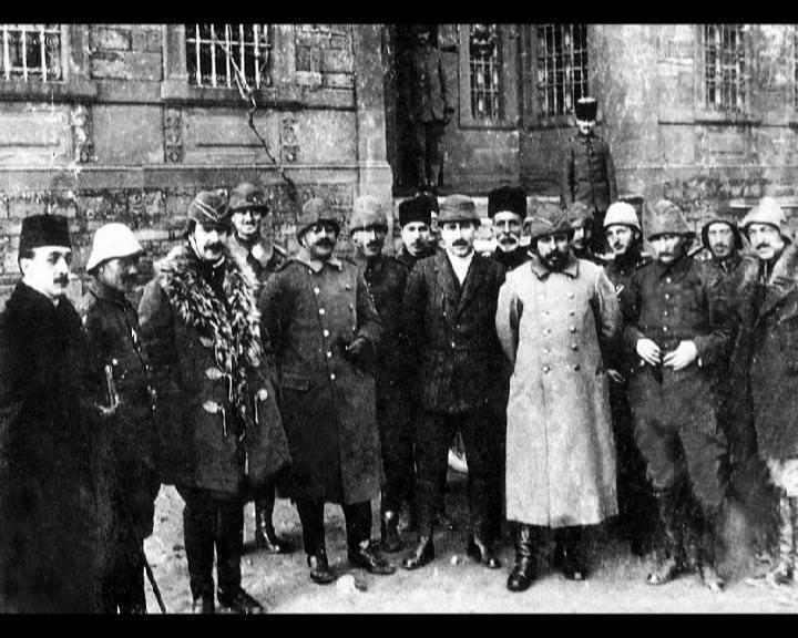 Atatürk'ün bu fotoğraflarını belkide hiç görmediniz galerisi resim 228