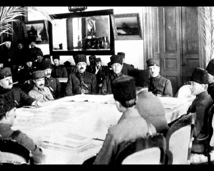 Atatürk'ün bu fotoğraflarını belkide hiç görmediniz... galerisi resim 237