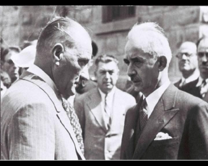 Atatürk'ün bu fotoğraflarını belkide hiç görmediniz... galerisi resim 239