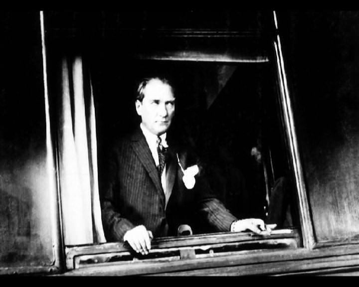 Atatürk'ün bu fotoğraflarını belkide hiç görmediniz galerisi resim 245