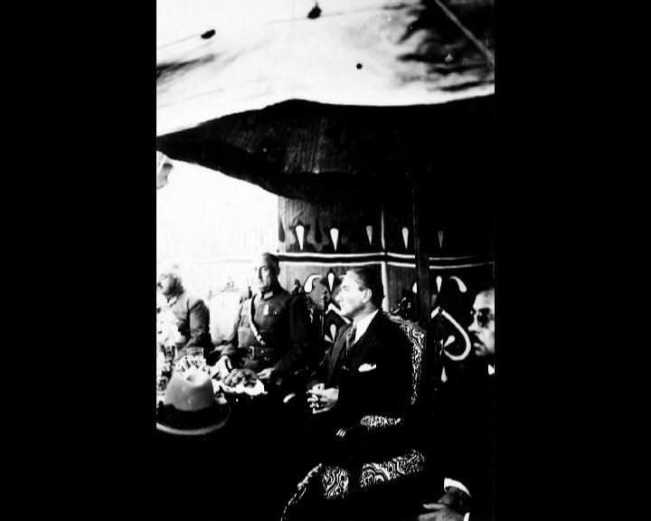 Atatürk'ün bu fotoğraflarını belkide hiç görmediniz galerisi resim 246