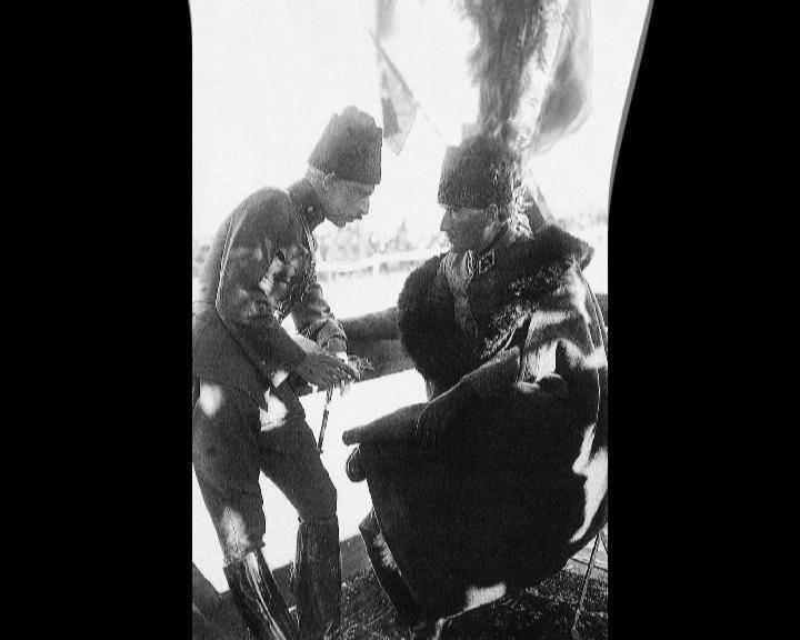 Atatürk'ün bu fotoğraflarını belkide hiç görmediniz galerisi resim 247