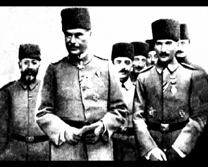 Atatürk'ün bu fotoğraflarını belkide hiç görmediniz galerisi resim 257