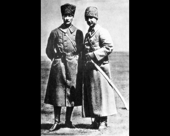 Atatürk'ün bu fotoğraflarını belkide hiç görmediniz galerisi resim 258
