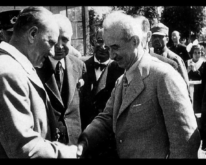 Atatürk'ün bu fotoğraflarını belkide hiç görmediniz... galerisi resim 271