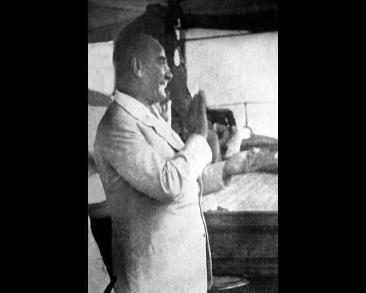 Atatürk'ün bu fotoğraflarını belkide hiç görmediniz galerisi resim 272