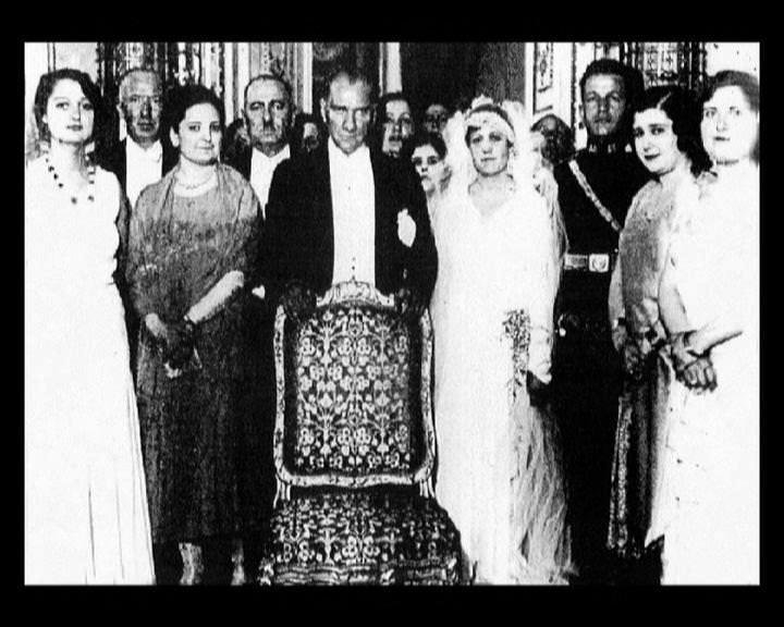 Atatürk'ün bu fotoğraflarını belkide hiç görmediniz galerisi resim 279