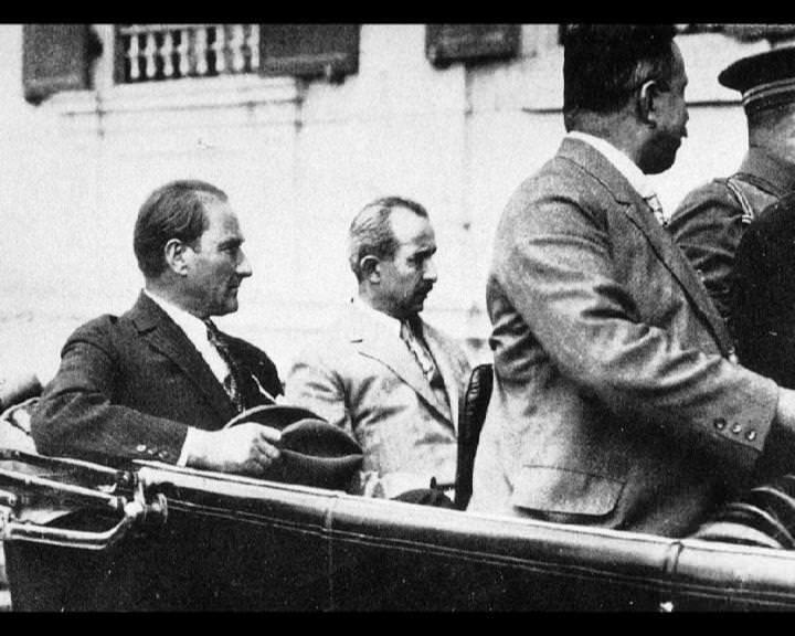 Atatürk'ün bu fotoğraflarını belkide hiç görmediniz galerisi resim 282