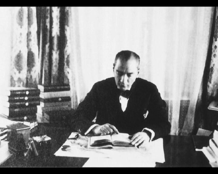 Atatürk'ün bu fotoğraflarını belkide hiç görmediniz galerisi resim 29