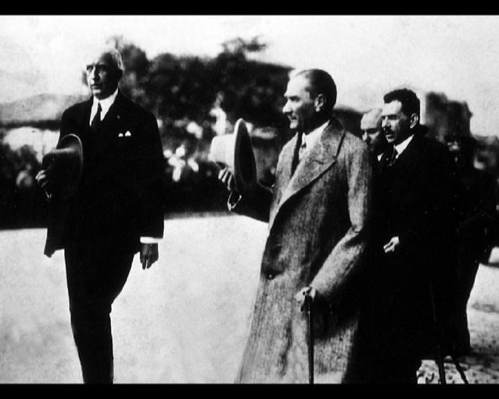 Atatürk'ün bu fotoğraflarını belkide hiç görmediniz galerisi resim 34
