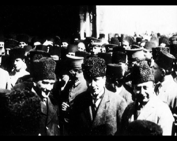 Atatürk'ün bu fotoğraflarını belkide hiç görmediniz galerisi resim 37
