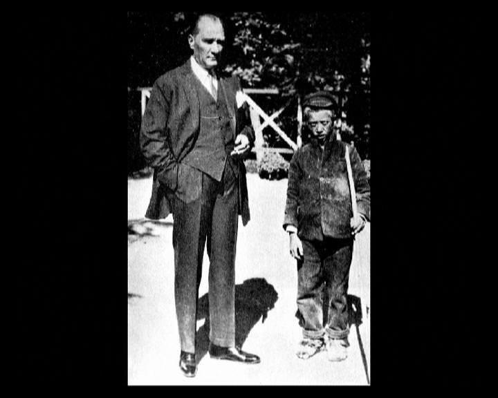 Atatürk'ün bu fotoğraflarını belkide hiç görmediniz... galerisi resim 40