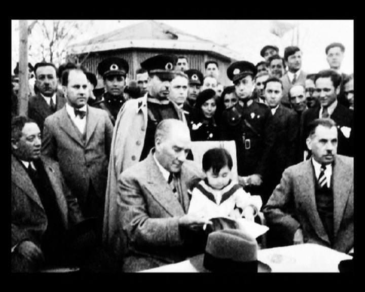 Atatürk'ün bu fotoğraflarını belkide hiç görmediniz galerisi resim 42