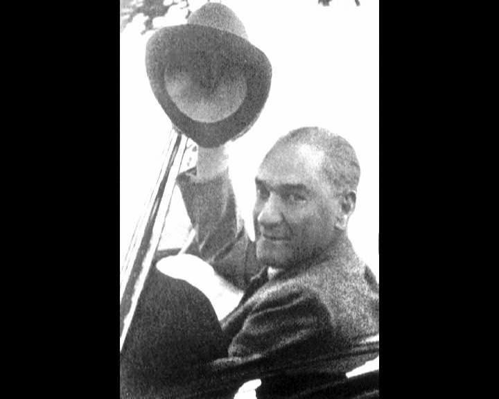 Atatürk'ün bu fotoğraflarını belkide hiç görmediniz... galerisi resim 44