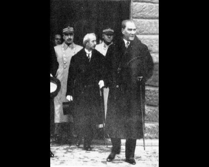 Atatürk'ün bu fotoğraflarını belkide hiç görmediniz galerisi resim 48