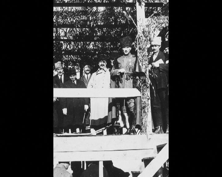 Atatürk'ün bu fotoğraflarını belkide hiç görmediniz galerisi resim 6