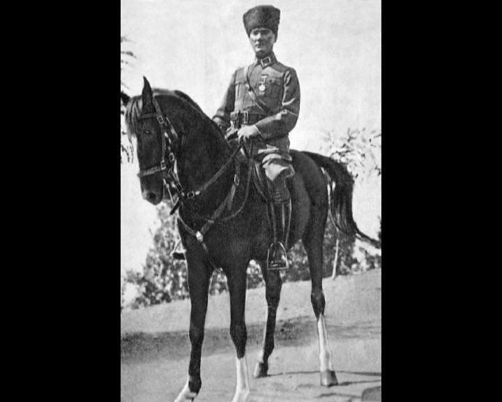 Atatürk'ün bu fotoğraflarını belkide hiç görmediniz galerisi resim 62