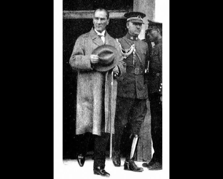 Atatürk'ün bu fotoğraflarını belkide hiç görmediniz galerisi resim 7