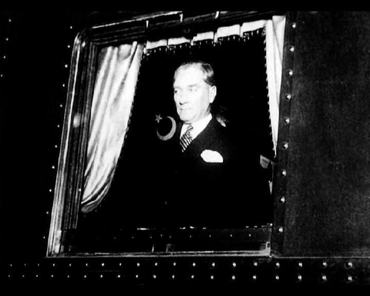 Atatürk'ün bu fotoğraflarını belkide hiç görmediniz galerisi resim 71