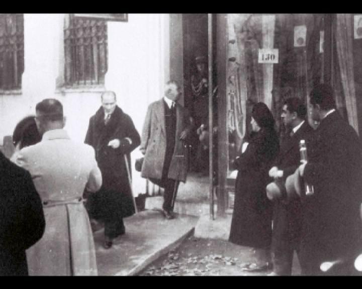 Atatürk'ün bu fotoğraflarını belkide hiç görmediniz... galerisi resim 83