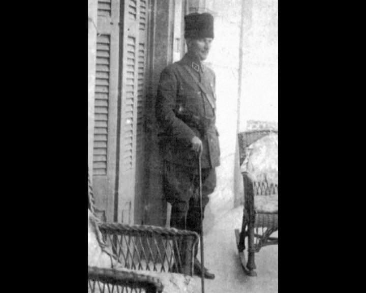 Atatürk'ün bu fotoğraflarını belkide hiç görmediniz galerisi resim 84