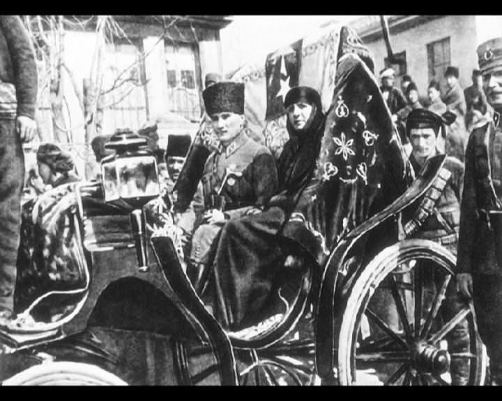 Atatürk'ün bu fotoğraflarını belkide hiç görmediniz galerisi resim 94