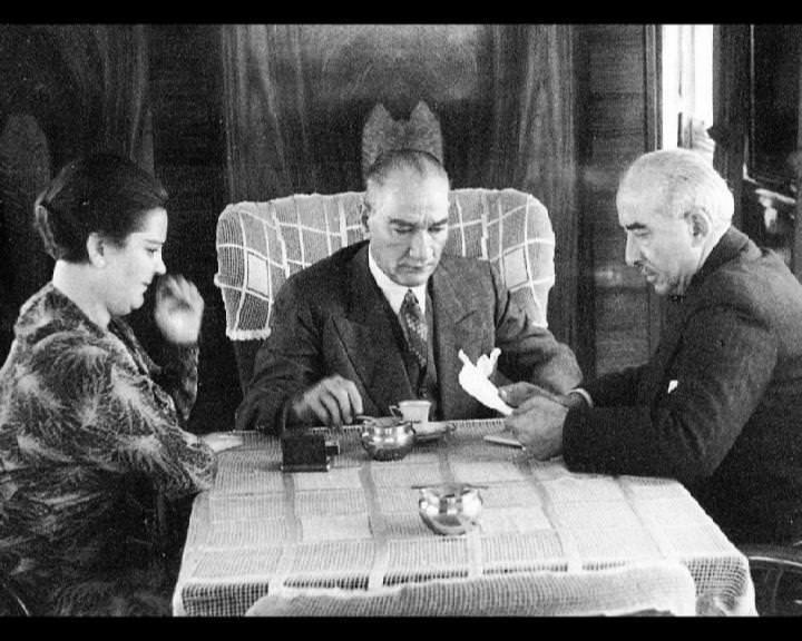 Atatürk'ün bu fotoğraflarını belkide hiç görmediniz galerisi resim 98