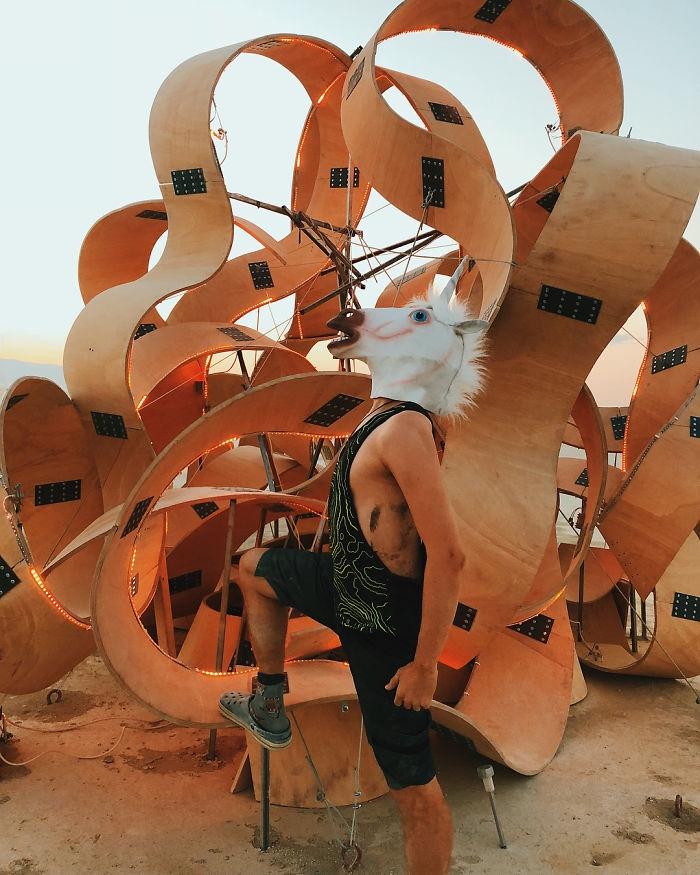 Dünyanın en sıradışı festivali: Burning Man galerisi resim 98
