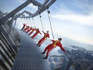 Yükseklik korkusu olanlar bakmasın!