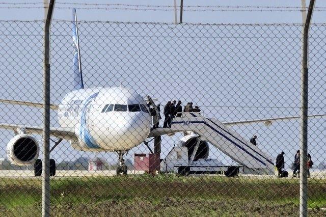 Kaçırılan uçağa dair detaylar galerisi resim 1