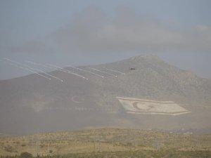 Solo Türk KKTC semalarında işte o muhteşem Kıbrıs fotoğrafları