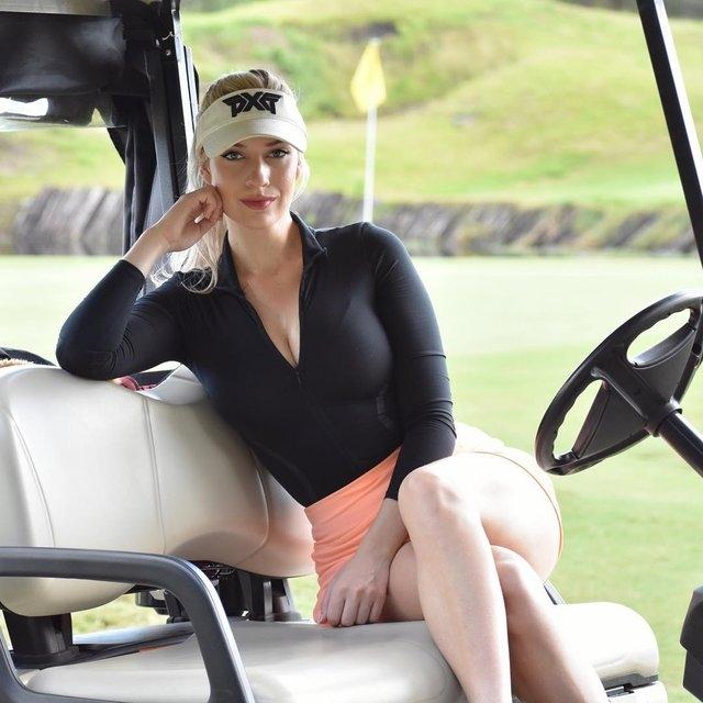 Dünyanın en çekici golfçüsü Paige Spiranac galerisi resim 1