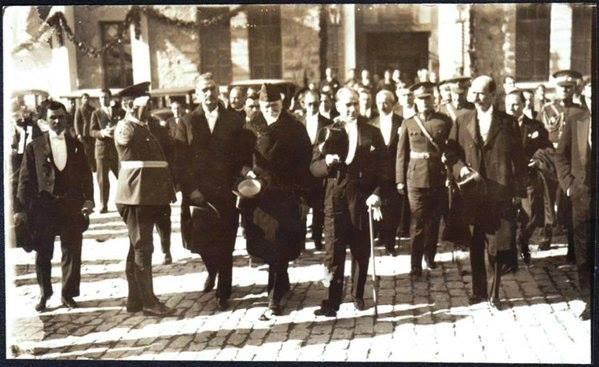 Atatürk'ün ilk kez yayınlanan fotoğrafları galerisi resim 25