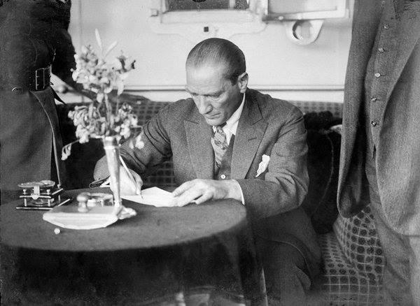Atatürk'ün ilk kez yayınlanan fotoğrafları galerisi resim 42