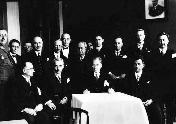 Atatürk'ün ilk kez yayınlanan fotoğrafları galerisi resim 47