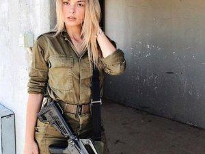 Dünya ordularındaki kadın askerler