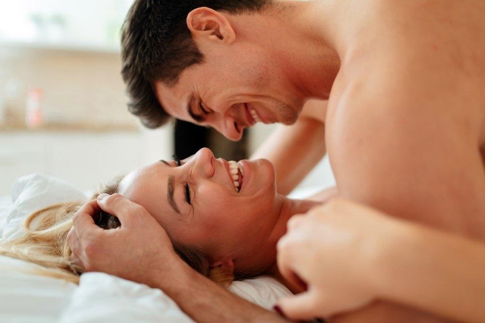 насколько анальный секс по просьбе женщины с оргазмом ебет меня рот