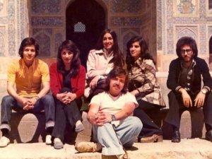 İslam Devrimi'nden önce ve sonra İranlı kadınlar