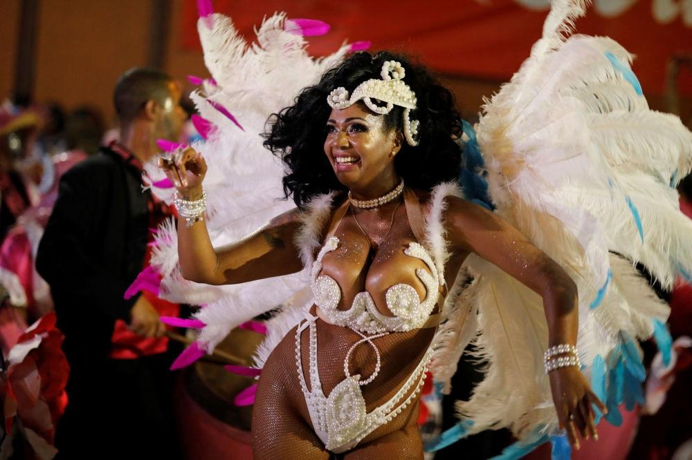 Uruguay'da karnaval heyecanı galerisi resim 1