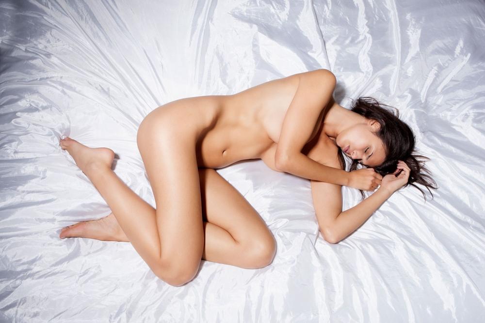 Çaresi çıplak uyumakmış galerisi resim 10