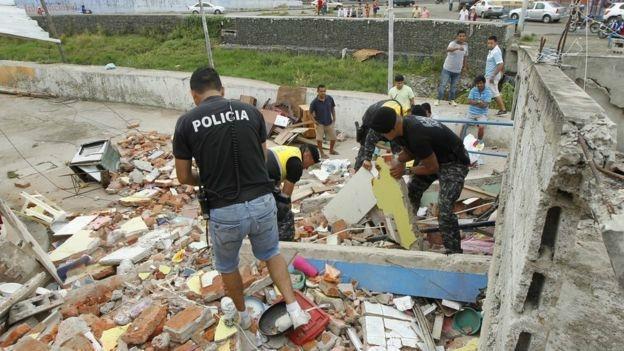 Ekvador: Depremde ölü sayısı 246'ya çıktı galerisi resim 3