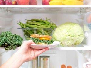 Bu besinler buzdolabında bekletildiğinde hastalık saçıyor