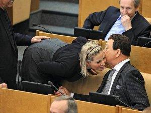 Rusya Meclis'inden ilginç kareler