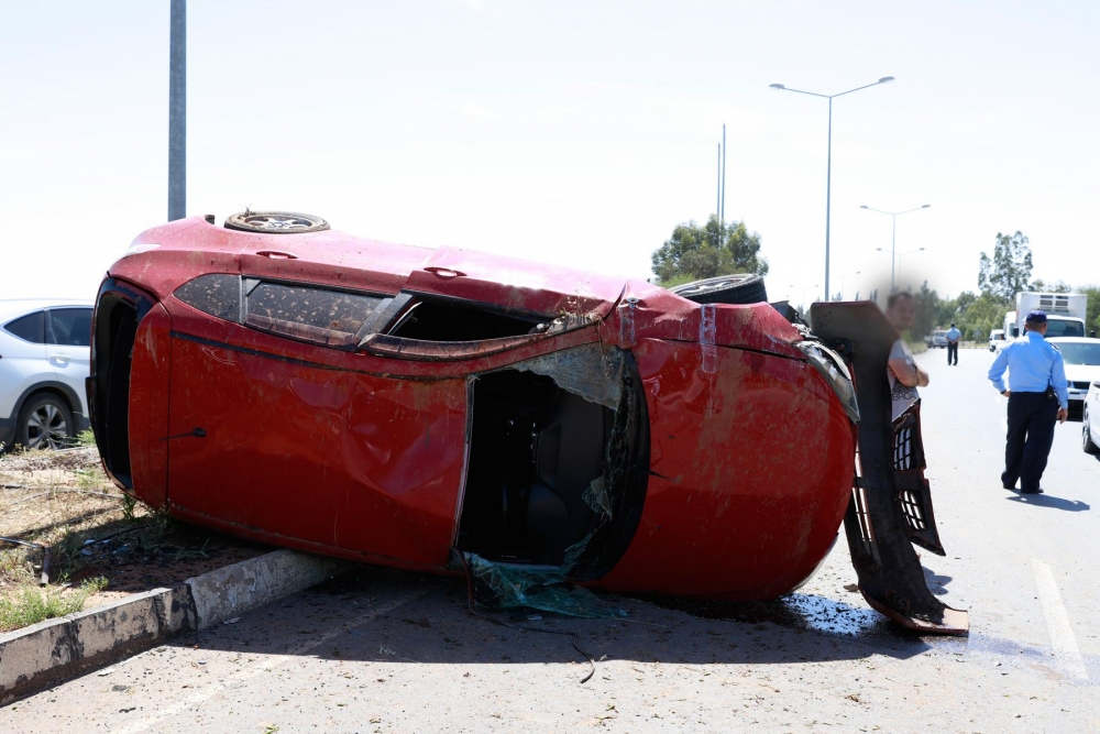Lefkoşa'da dehşet kaza.. galerisi resim 2