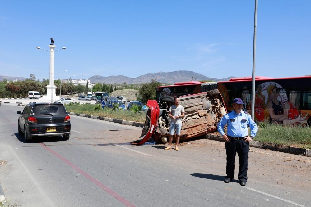 Lefkoşa'da dehşet kaza.. galerisi resim 3
