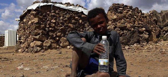 Açlık tehdidi altındaki Yemen'de mali kaynak yetersizliği yardım çalışmalarını baltalıyor