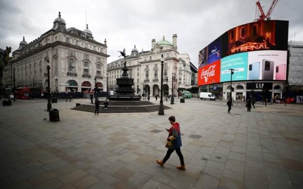 Times: İngiltere'de kısıtlamaları yumuşatmak için üç aşamalı plan yapıldı