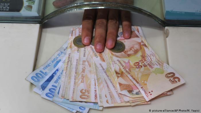 Ankara'nın genelgesi dolara rekor kırdırdı!