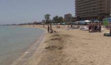 Gazimağusa Palm Beach Halk Plajı belirlenen kurallar çerçevesinde açıldı
