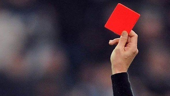 Sezona kırmızı  kartlar damga vurdu